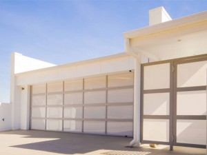 Inspirations garage door - aluminium frame with acrylic inserts