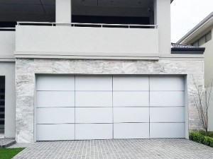 aluminium framed garage door